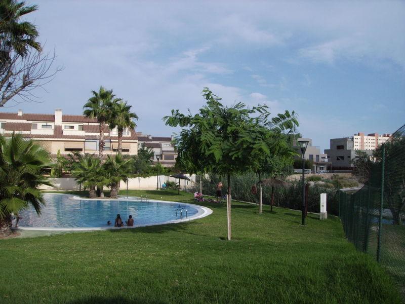 Jardiner A En Urbanizaciones De Alicante